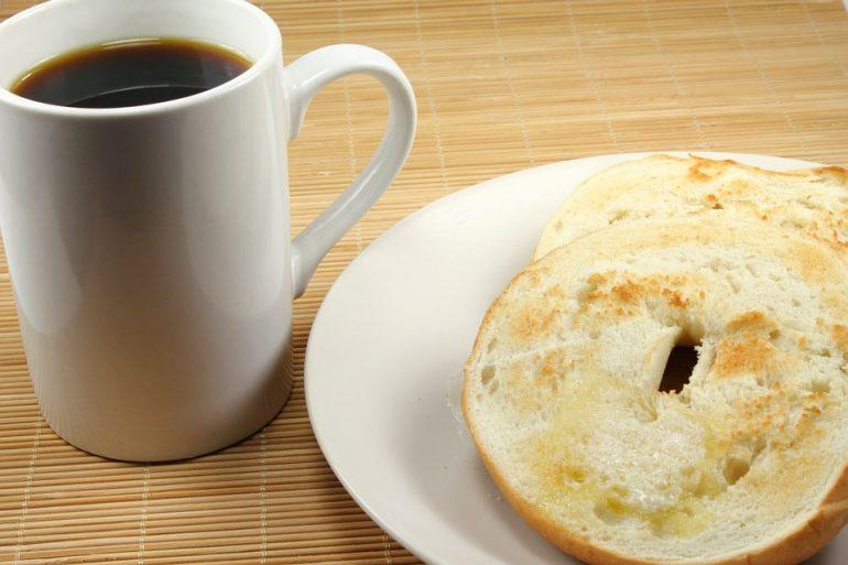 Etwas Aufwand, aber trotzdem einfach: leckeres Rezept für Bagels
