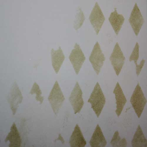 Schabloniert mit Distress Ink Old Paper